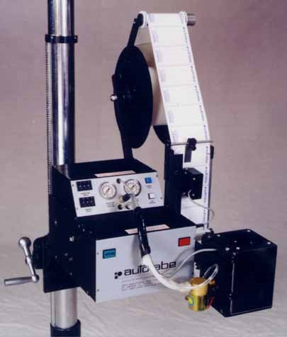 Model 130 Blow-On Automatic Label Applicator